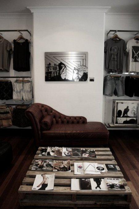 Pink Metal Store Image